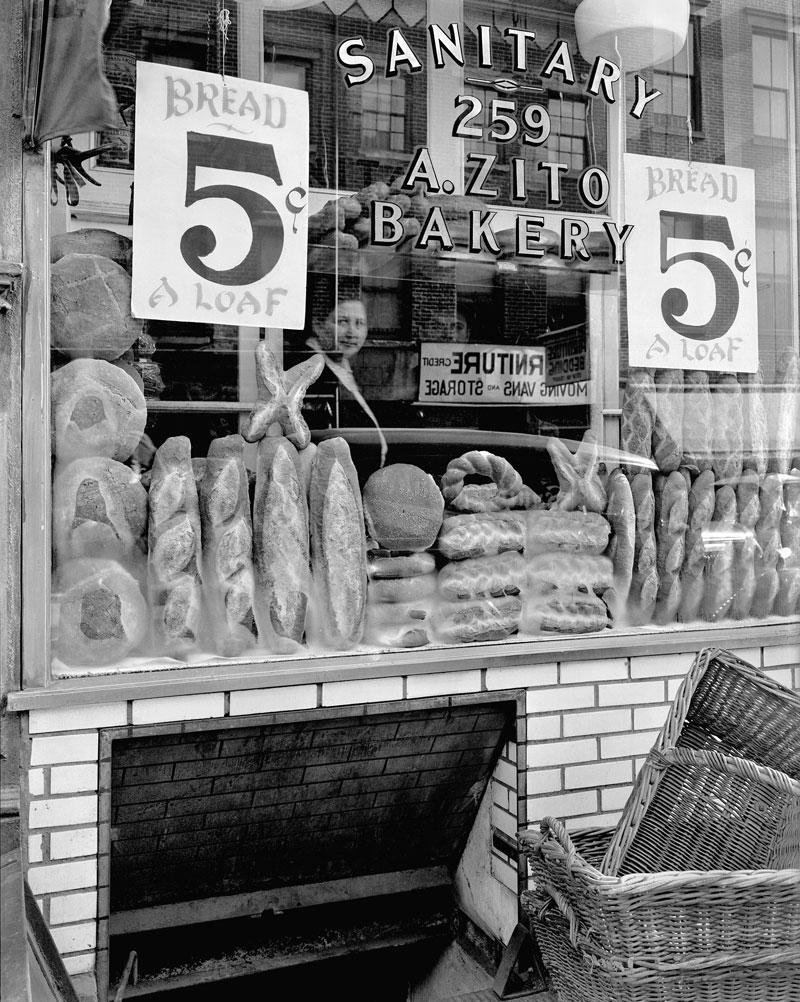 berenice-abbott-bread-store-259-bleecker-street-1937