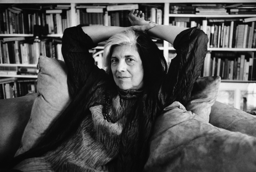 Susan Sontag Relaxing on a Sofa --- Image by © Christopher Felver/CORBIS
